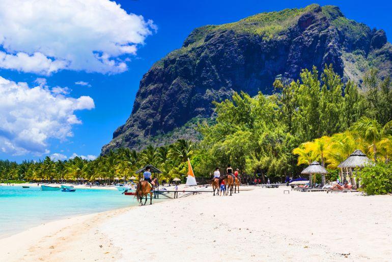 Strand Le Morne auf Mauritius