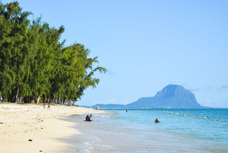 Strand Mont Choisy Beach auf Mauritius
