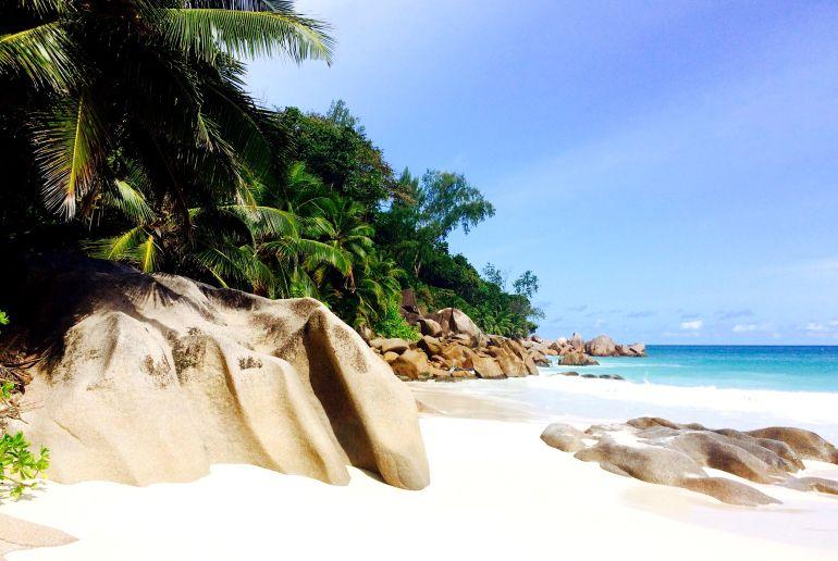Strand Anse Georgette auf den Seychellen