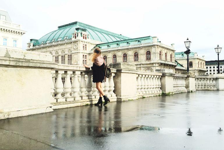 Frau in Wien