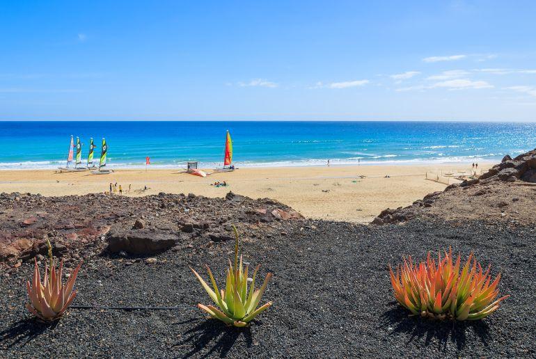 Strand und Boot auf Furteventura