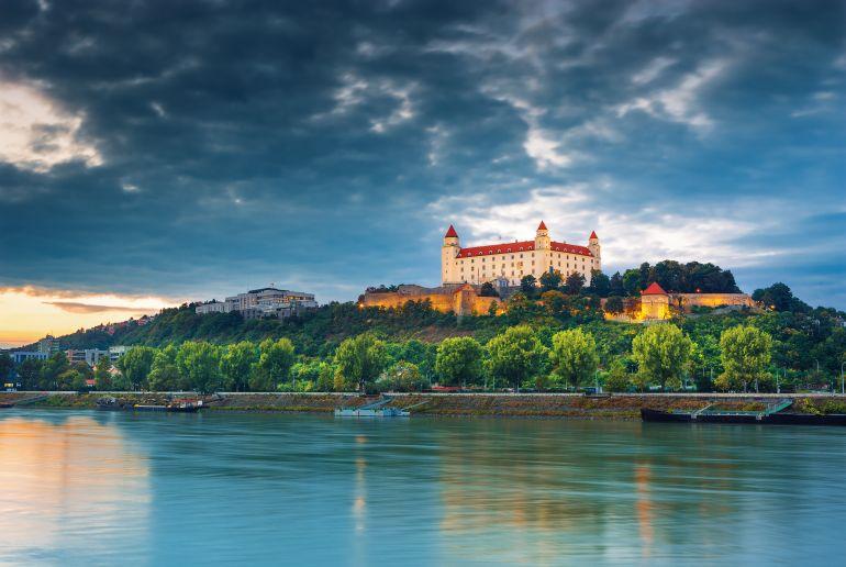 Slowenien See und Burg