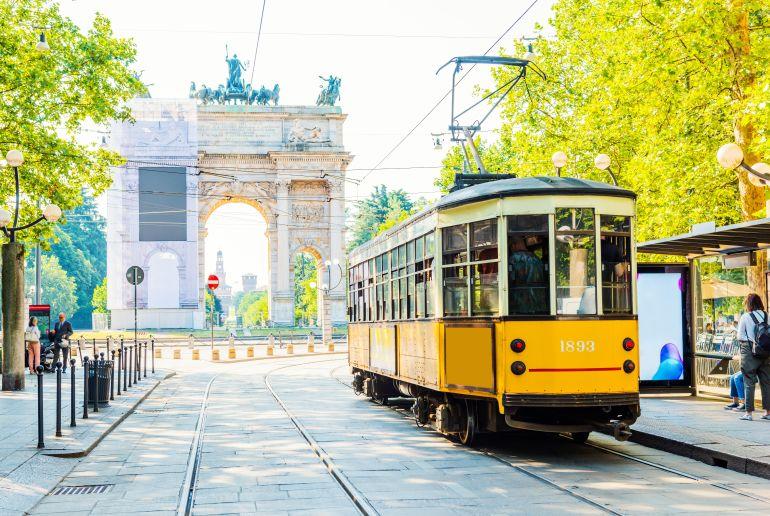 Tram fahren in Mailand