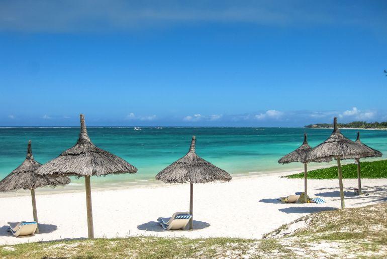 Strand Belle Mare auf Mauritius