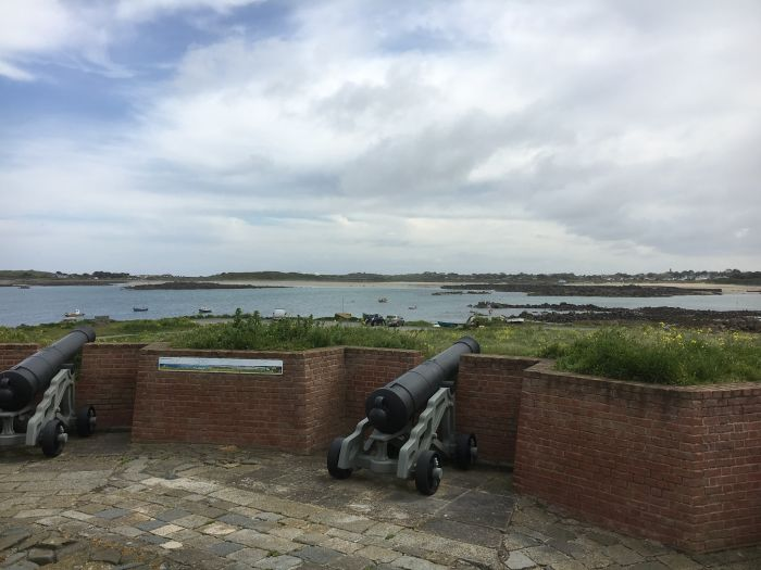 Guernsey, Channel Islands. Understand the island's history through several wars