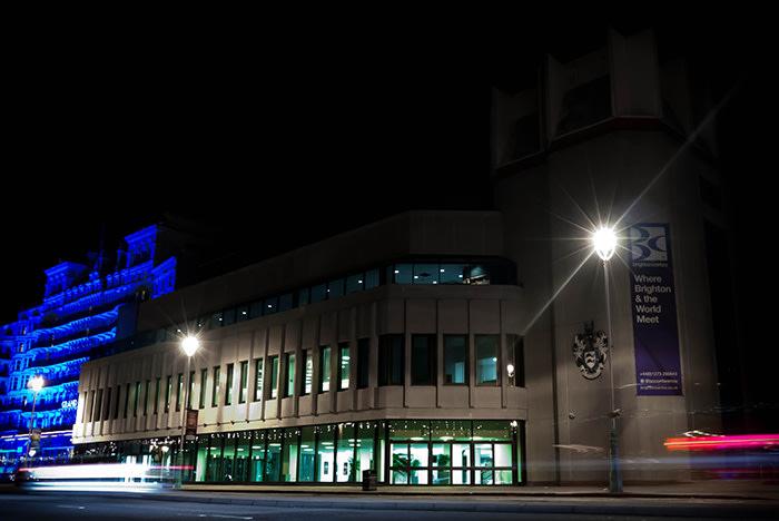 (c) Brighton Centre