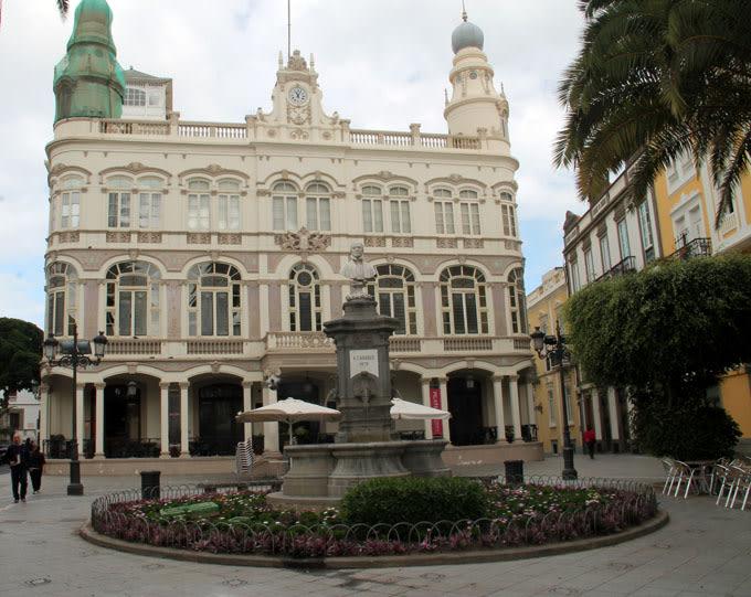 Qué ver en Las Palmas de Gran Canarias: Plaza de Cairasco en las palmas de gran canaria