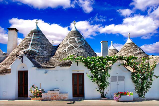 alberobello en apulia pueblo italiano