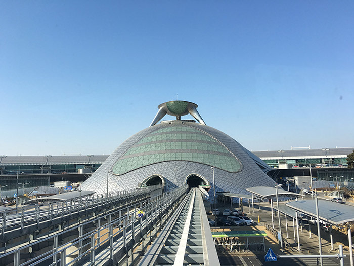 Incheon-International-Airport..-View-from-the-maglev-on-Long-Term-Park-Station-to-ICN-station