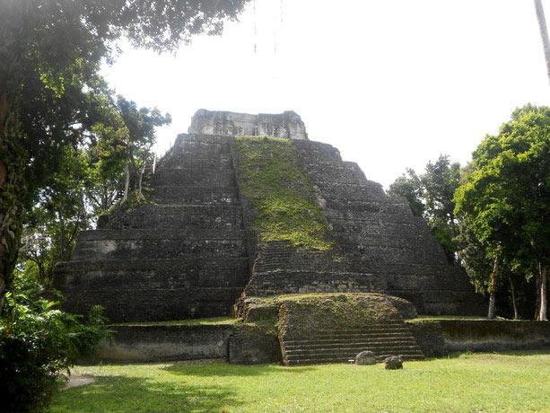 yaxha Peten guatemala
