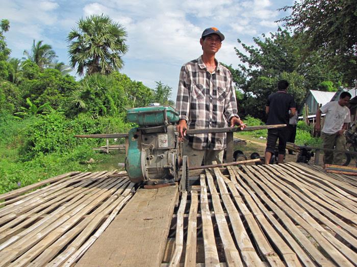 bamboo-train-battambang-cambogia
