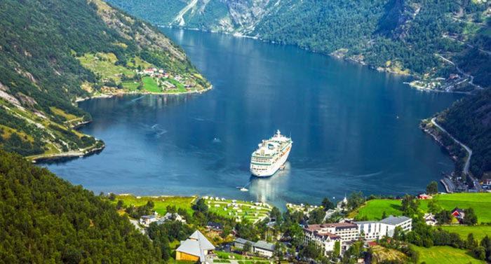 de crucero por los fiordos noruegos