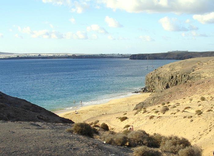 playa del papagayo lanzarote islas canarias