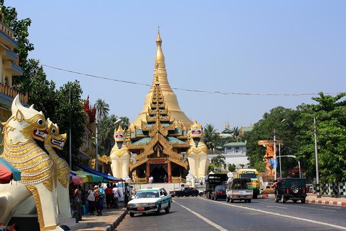 Asía: Pagoda en Rangún, Myanmar