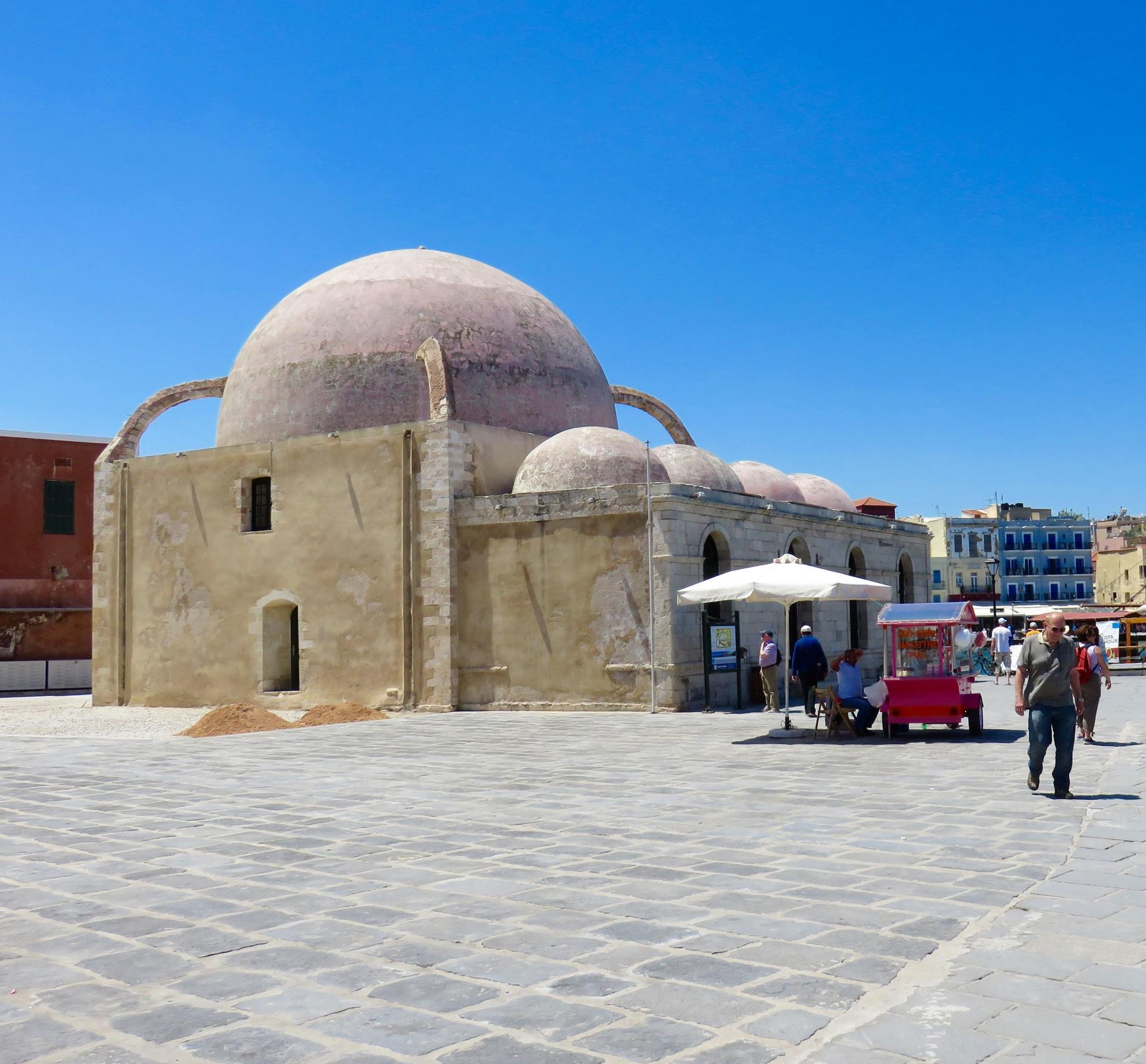 Moschea dei Giannizzeri, vecchio porto di Chania
