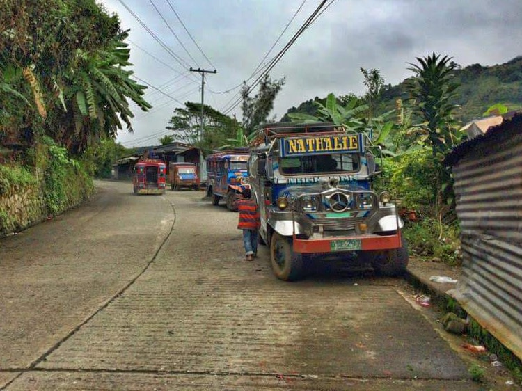 jeepney-a-banaue-filippine