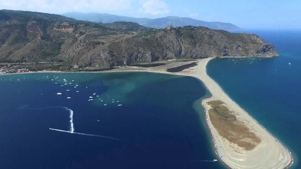 Playas naturistas de Europa: Playa de Marinello en Sicilia