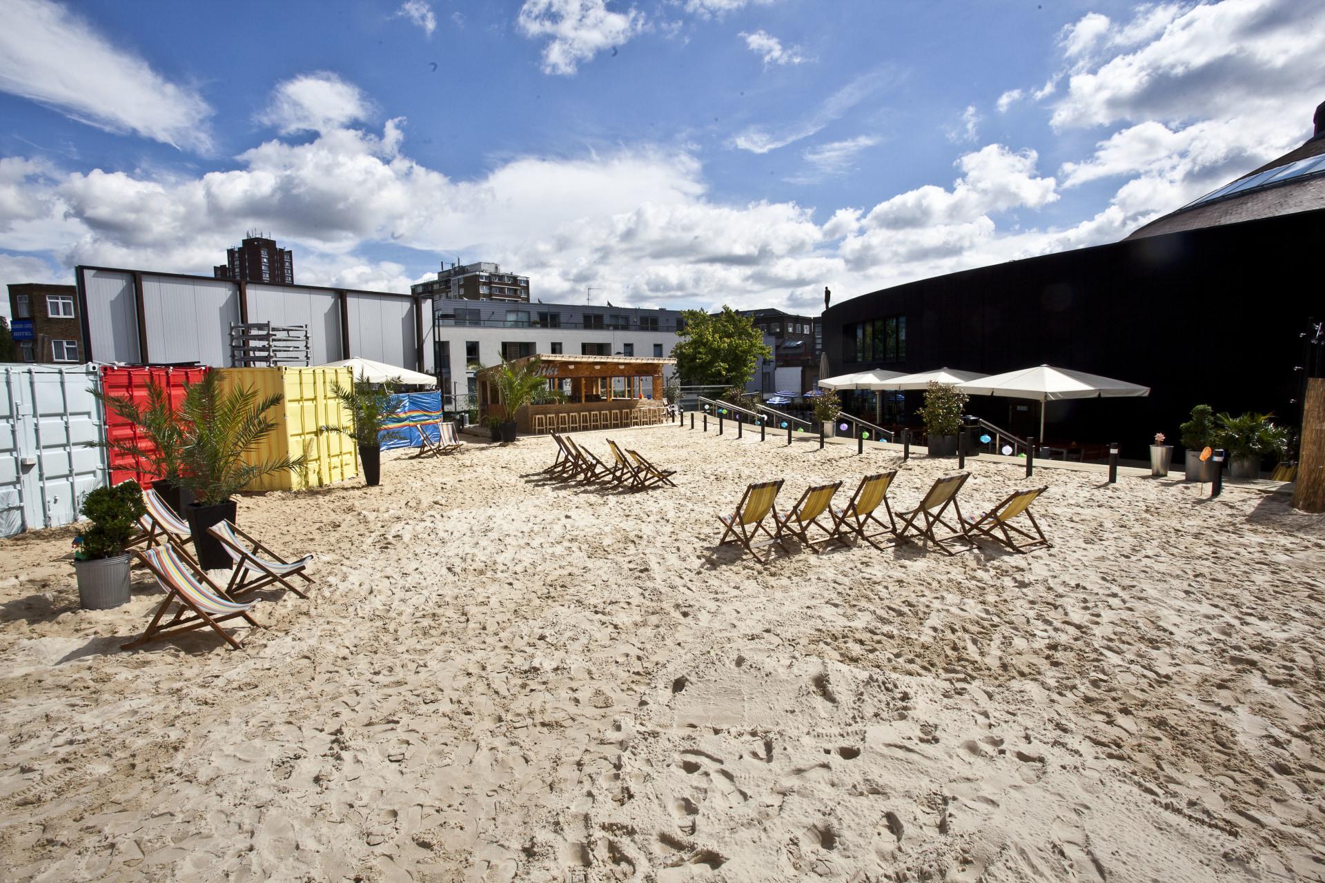Camden Beach (c) Stuart Leech