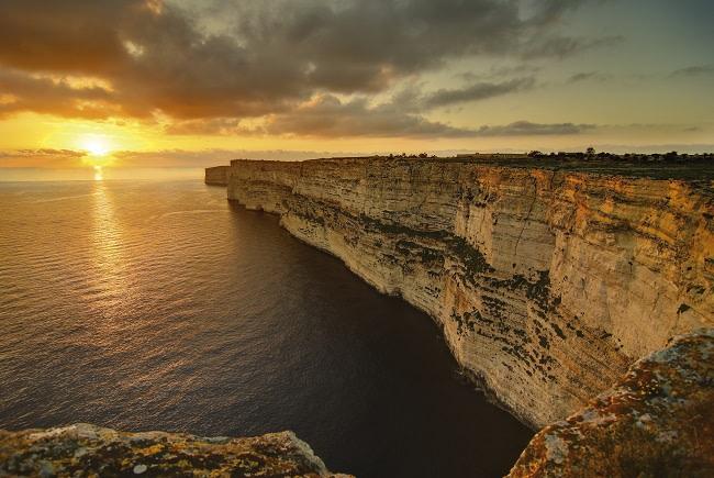 Acantilado en la Isla de Gozo, Malta. Foto: viewingmalta.com