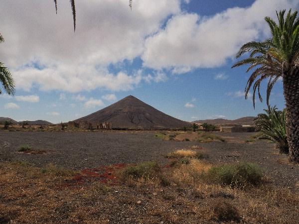 Il panorama intorno a La Oliva