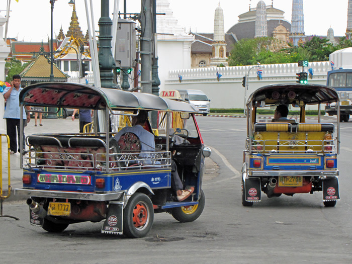 tuk-tuk-a-bangkok-thailandia