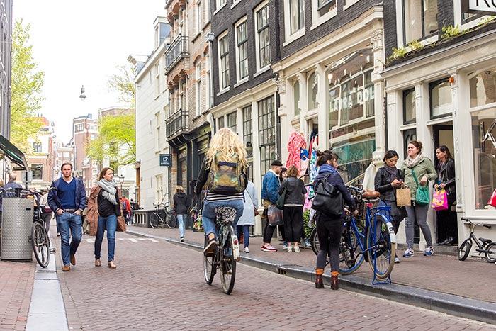 Street scene. Image by Merijn Roubroeks