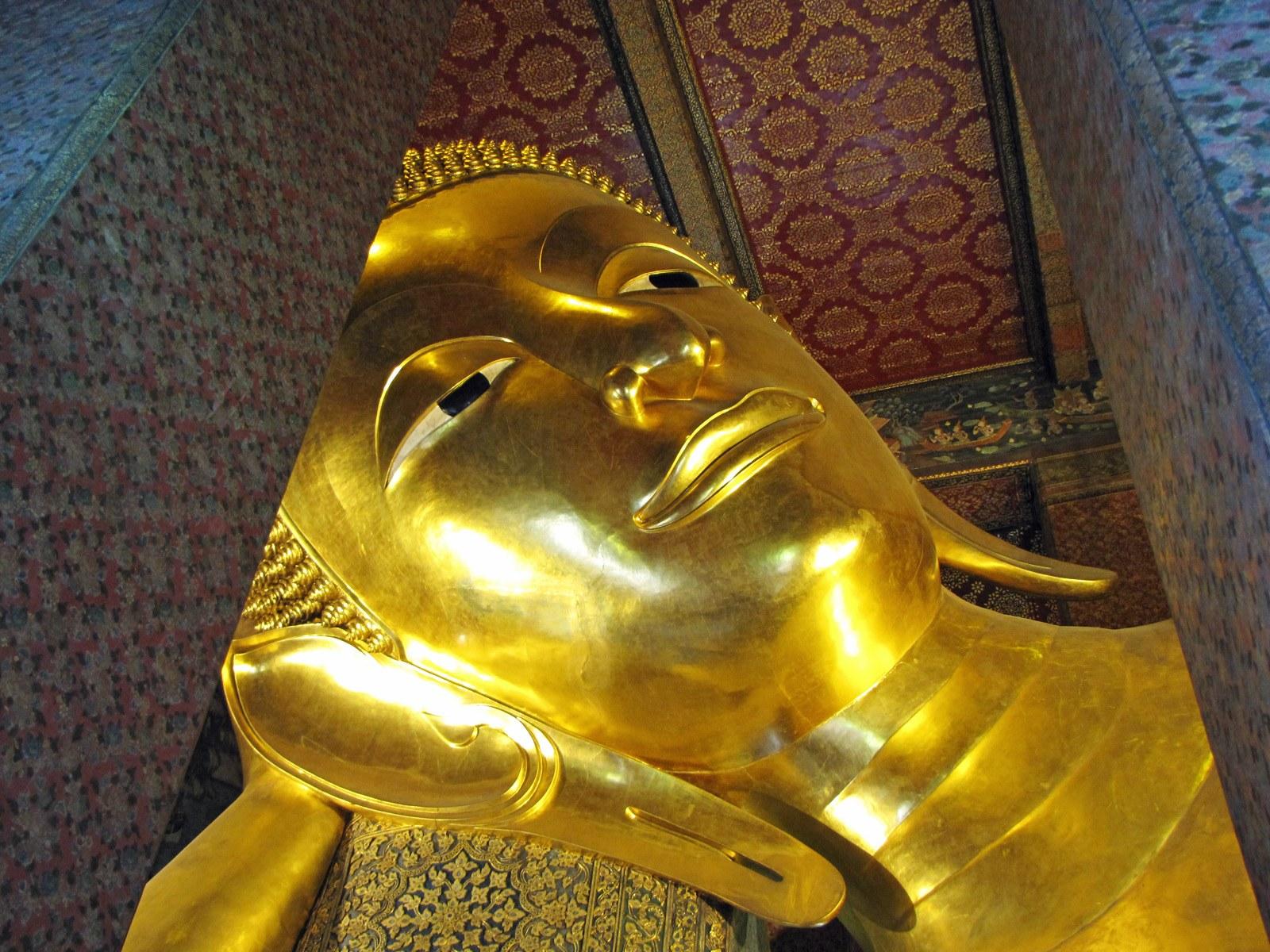 Il Buddha del Wat Pho. Cabiria Magni
