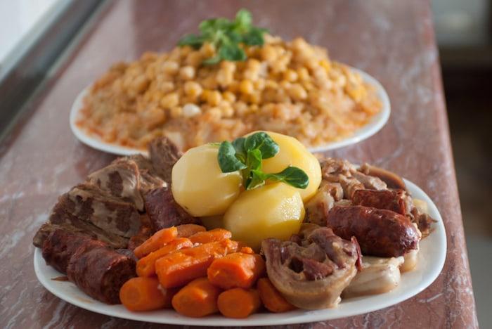 Qué comer en san isidro en madrid: cocido madrileño