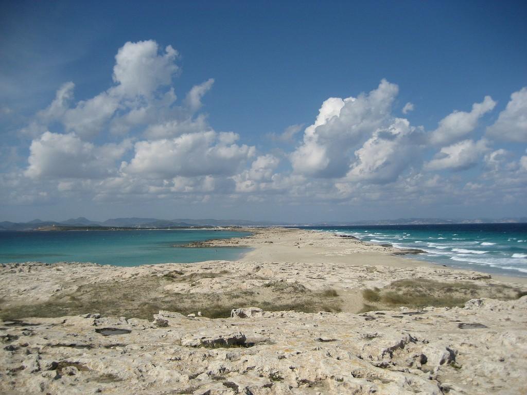 Playas naturistas: Formentera playa de ses illetes