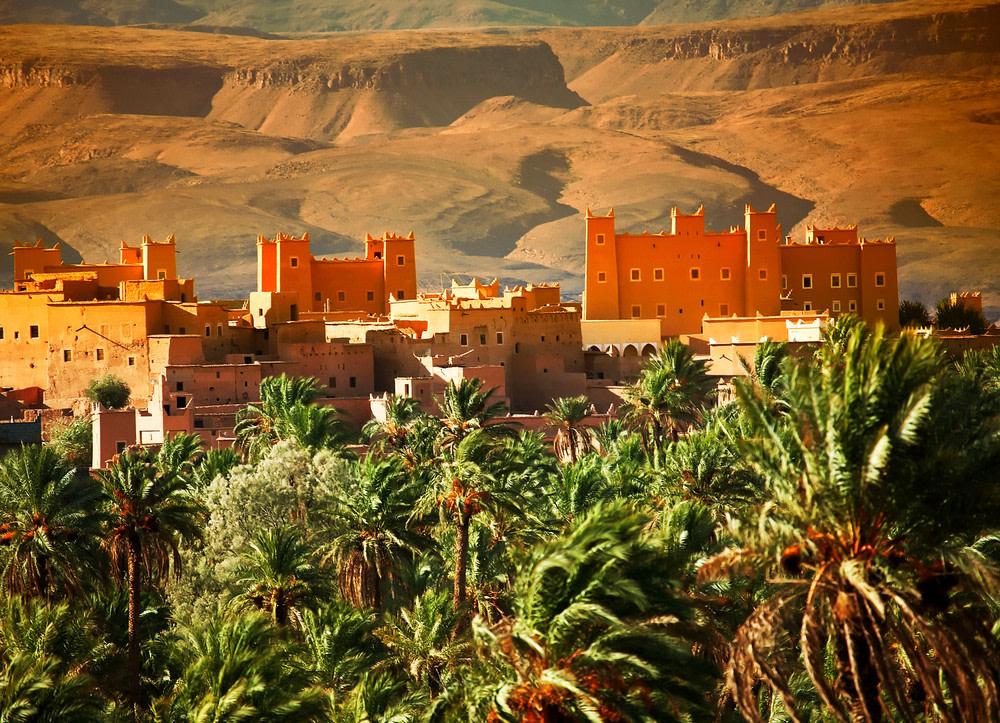 Musée de la culture berbère - Jardins marocains avec vue sur la chaîne de l'Atlas