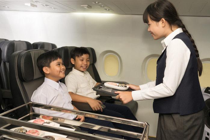 niños que viajan solos