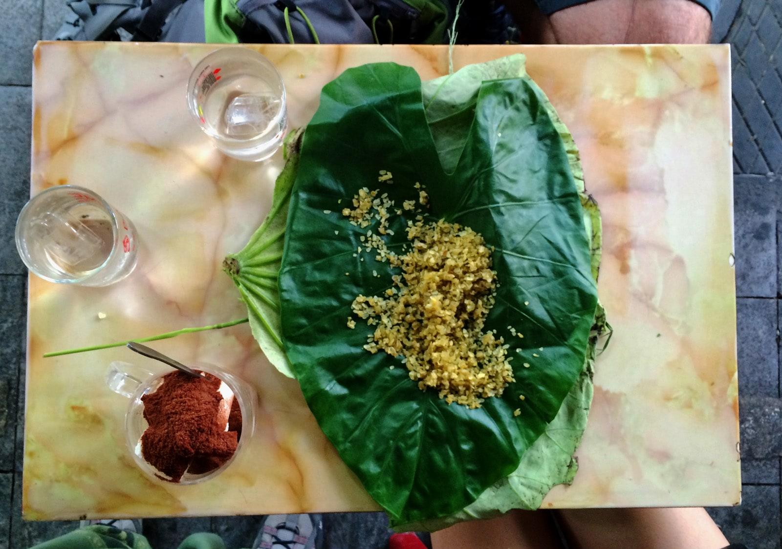 Sua Chua Cacao e sticky rice