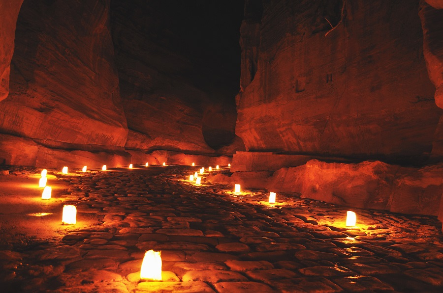 Il Siq By Night