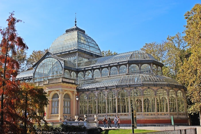 What to do in Madrid: Palacio de cristal el retiro