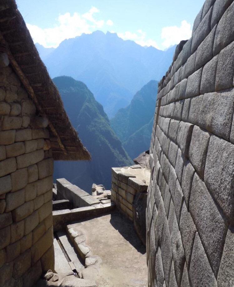 Macchu-Picchu-scalinata