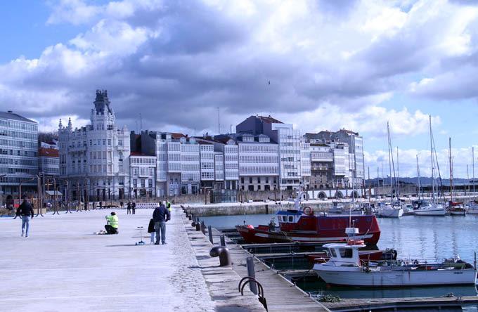 Puerto y galerías