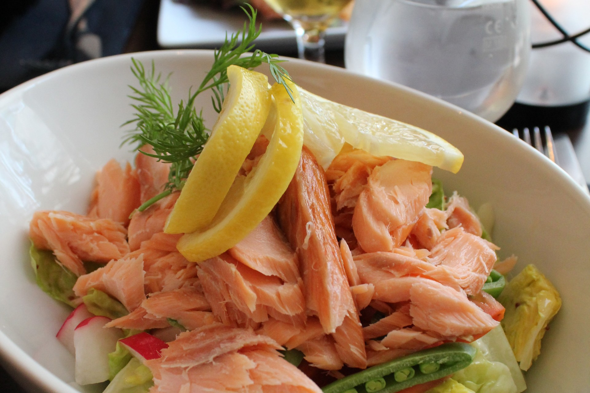 piatti tipici danesi insalata di salmone helsingor
