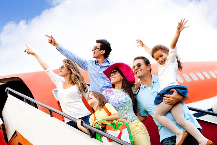 familia en avion