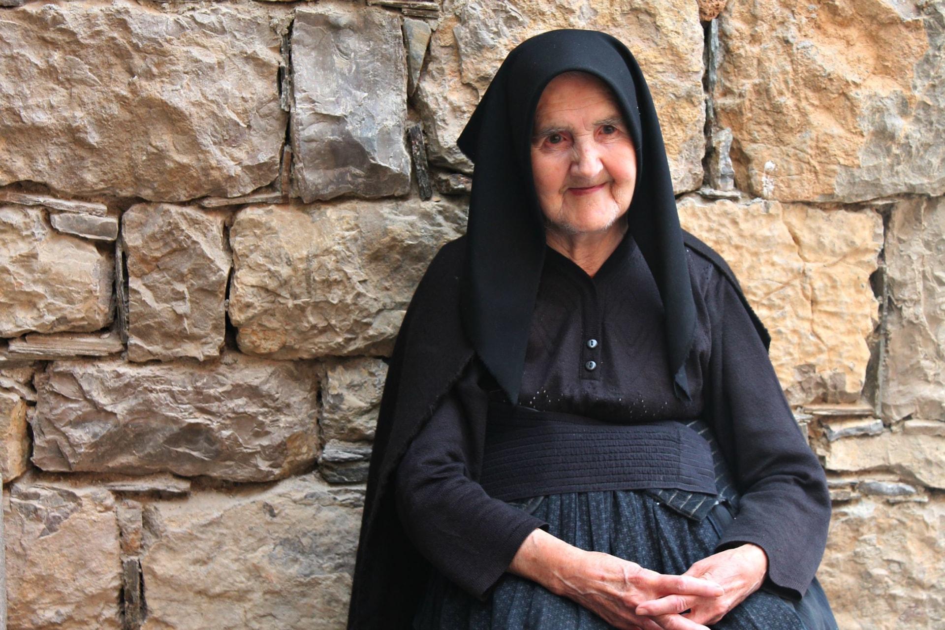 centenari,  Sardegna