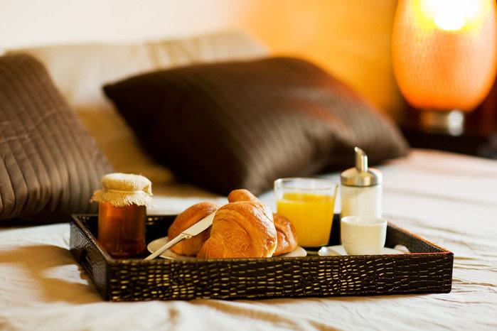 Habitación hotel desayuno