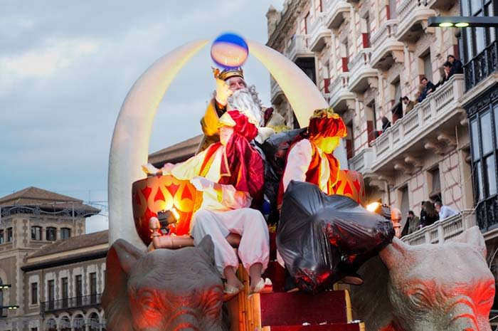 cabalgata de reyes en granada andalucia