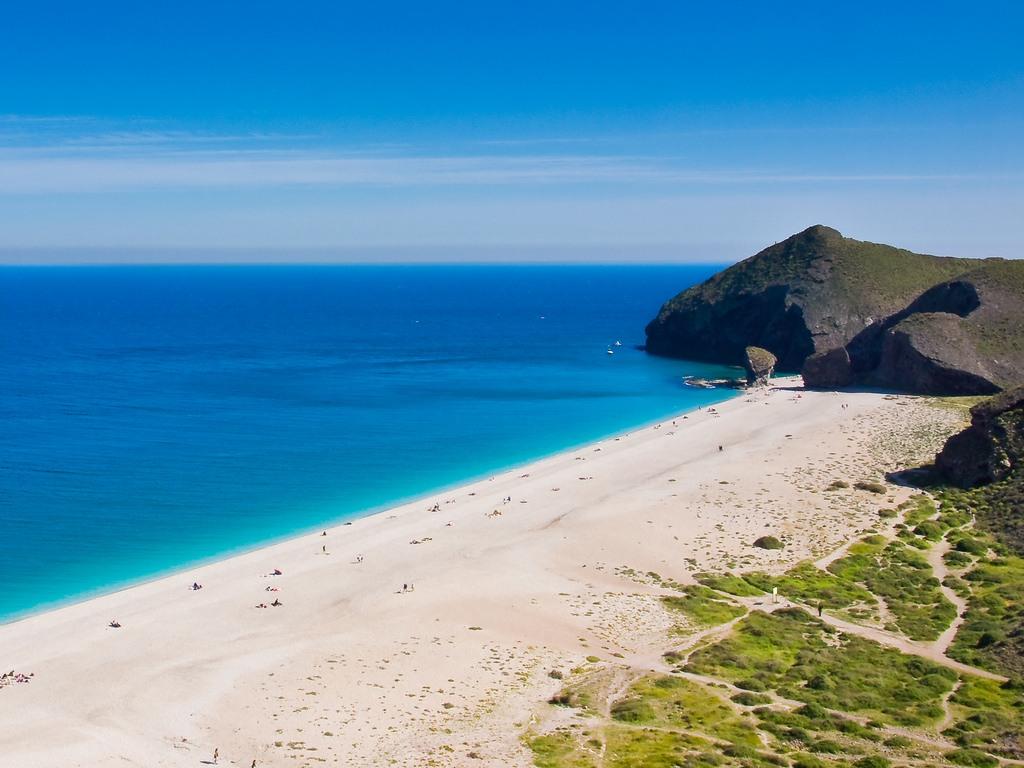 Playas naturistas: Playa de los muertos en Almería
