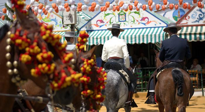 Feria de abril en sevilla: caballos
