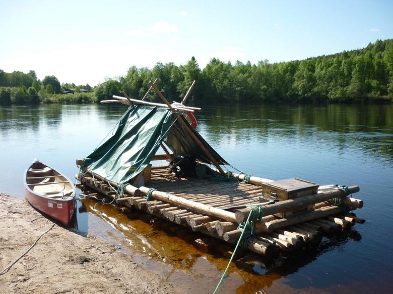 Balsa de troncos en Värmland