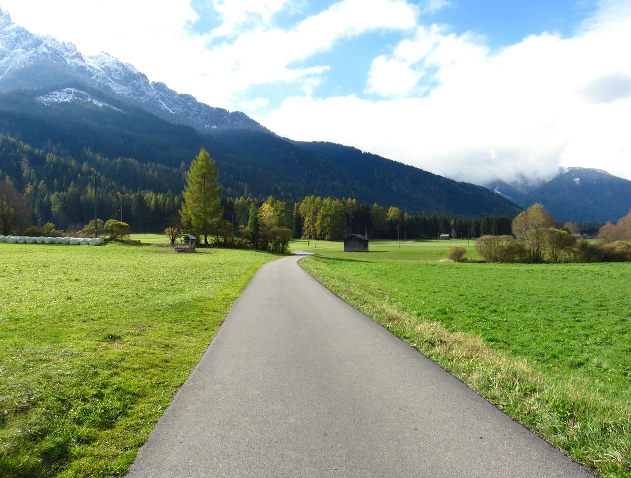 5 camminate in Val Pusteria, Sud Tirolo, Alto Adige, Dolomiti, ciclabile Dobbiaco Lienz