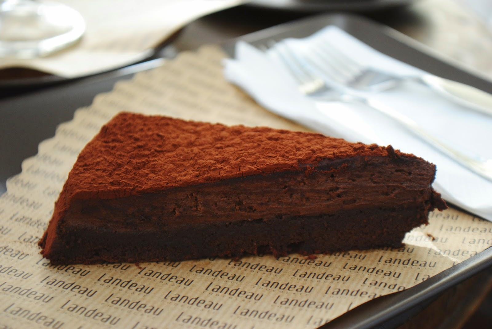 Landeau Cafè, Chocolate Cake