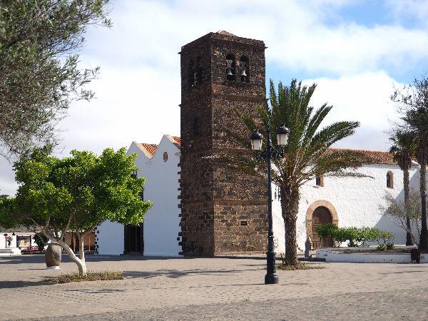 La chiesa di La Oliva