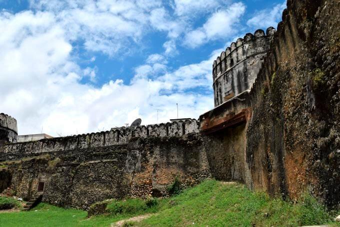 muralla en zanzibar tanzania