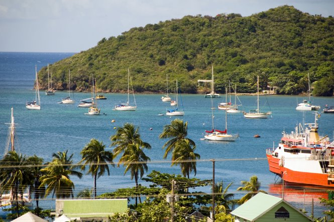 puerto elizabeth harbor en isla bequia granadinas