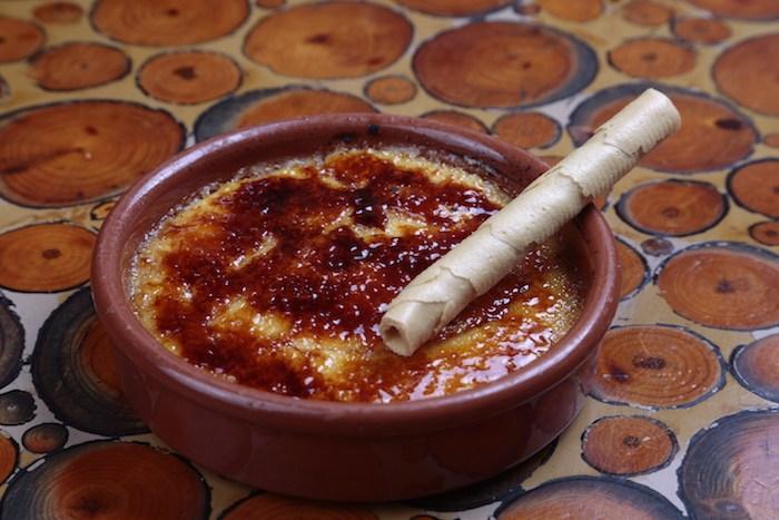 Crema catalana con receta tradicional de Juliavert Meu.